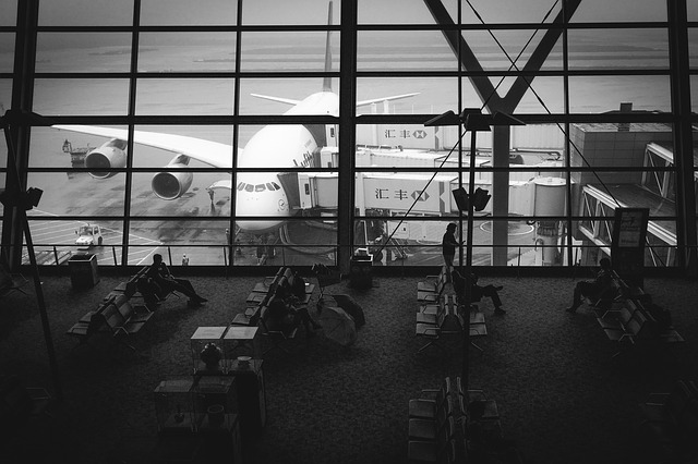 aircraft-1867602_640